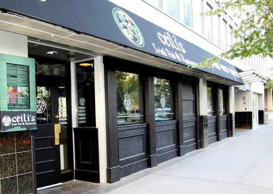 Ceili's Modern Irish Pub - 8th Ave