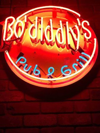 Bo Diddly's Pub & Grill (Millwoods)